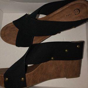 Size 10 EST. 1946